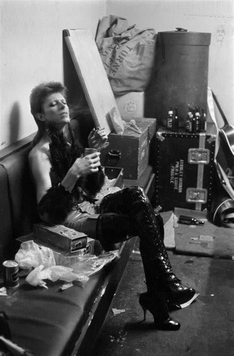 See Terry O'Neill's rare images of David Bowie's last show